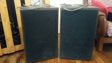 Retro wooden and cloth box speakers