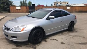 2007 Honda Accord Coupe **MINT CONDITION**