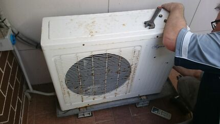 Split heating cooling air conditioner 2.2kw $200only Burwood Heights Burwood Area Preview