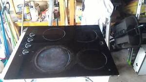 Used ceramic electric cook top Narraweena Manly Area Preview