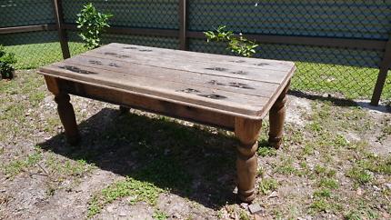 Railway sleepers table