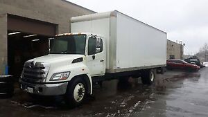 Off Lease 2012 Hino 268 26ft Tailgate Automatic Hydraulic Brake