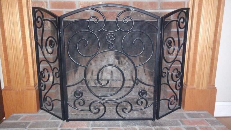 ***RARE***Disney Wrought-Iron Mickey Mouse Fireplace Screen