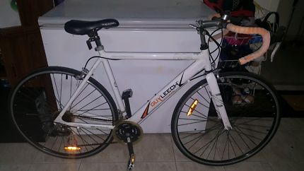 Guy leech road bicycle in good condition and has good