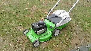 Masport Viking 4 stroke mower with catcher and warranty Sunbury Hume Area Preview