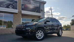 2014 Jeep Cherokee North, AWD, V6, toit pano, 58285km