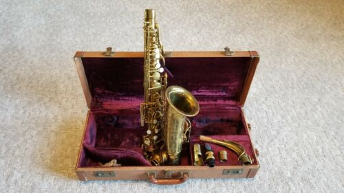 THE MARTIN ALTO SAXOPHONE COMMITTEE 1951 SAX w/ NECK MP & ORIG CASE