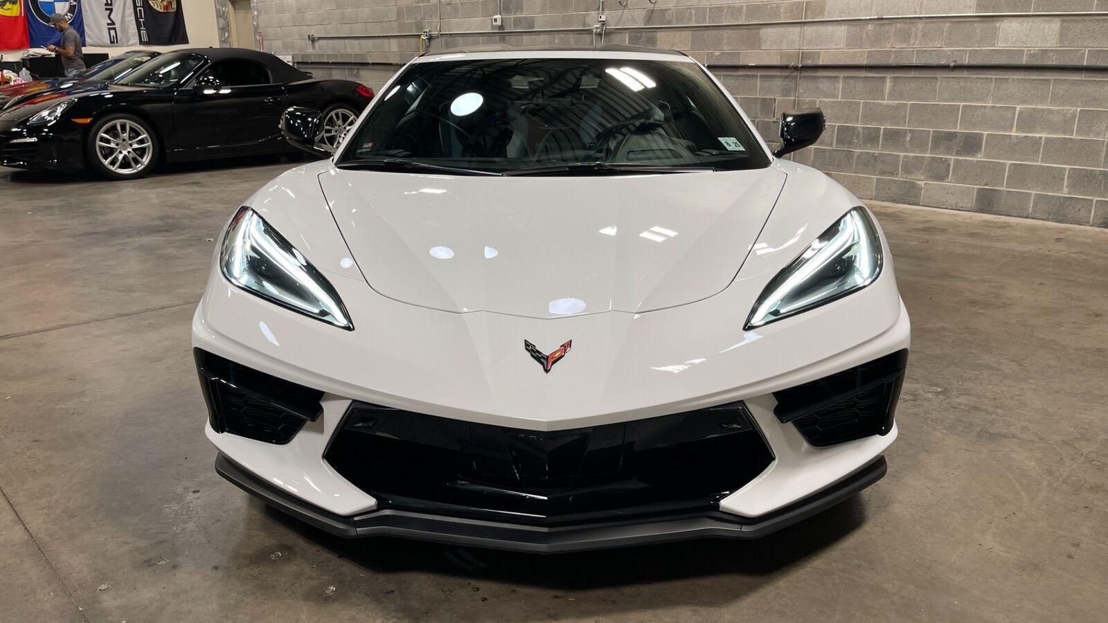 2020 White Chevrolet Corvette Stingray 3LT | C7 Corvette Photo 5