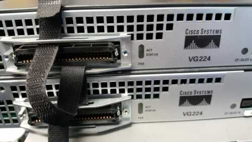 CISCO VG224 ANALOG VOICE GATEWAY WITH 64MB FLASH CARD Tested..