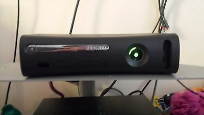 Microsoft Xbox 360 Elite 120gb console full working order.