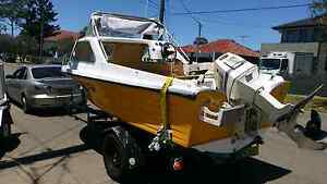 Halfcab boat 70hp vro johnson. Parramatta Parramatta Area Preview
