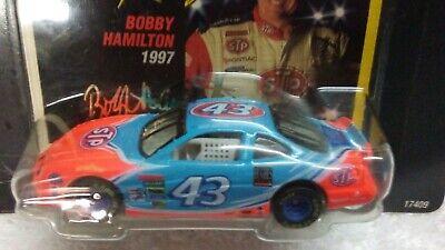 Hot Wheels Racing 1997 #43 STP Pontiac Grand Prix Bobby Hamilton Short Track