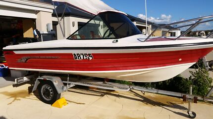 boat 4.7m fiberglass runabout $9500 Butler Wanneroo Area Preview