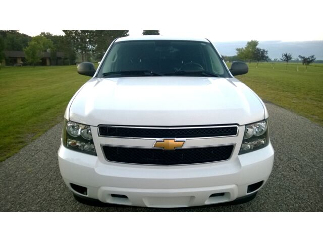 07 chevy tahoe ls one owner truck vs suburban lt ltz gmc. Black Bedroom Furniture Sets. Home Design Ideas