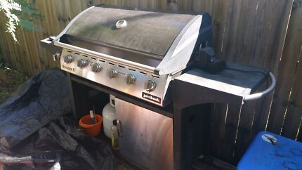 MUST SELL TODAY OR TOMORROW URGENT Bbq with spit roaster Woody Point Redcliffe Area Preview
