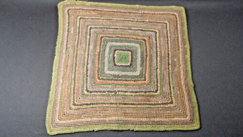 VINTAGE FINELY DONE HAND MADE WOVEN DOLL HOUSE RUG