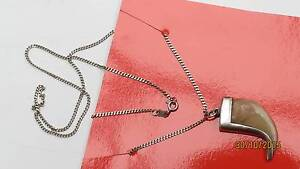 Vintage st silver necklace with pendant in shape of tiger tusk Petrie Pine Rivers Area Preview
