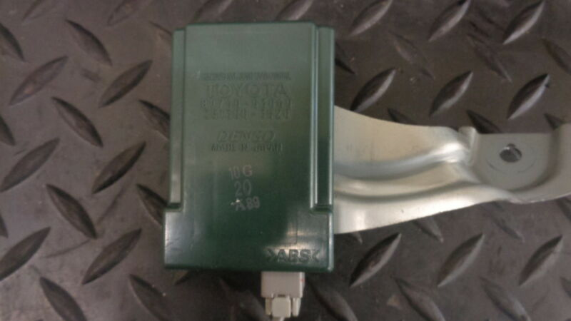 2006 LEXUS IS 220D 2.2 DIESEL RECEIVER SMART DOOR CONTROL RELAY ECU 89740-53060