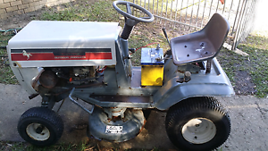 Ride on lawn mower 11.5 HP Caboolture Caboolture Area Preview