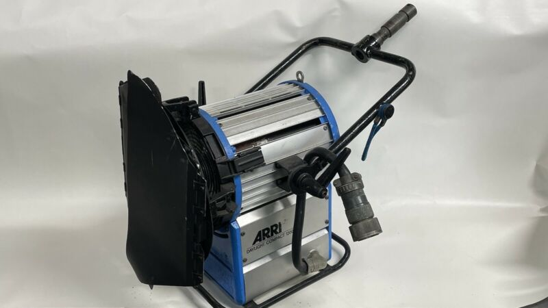 Arri Hmi 1200 With Ballast Cable And New Bulb
