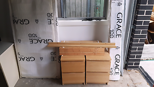Malm queen size bed , bed side drawers and shelf Werrington Downs Penrith Area Preview