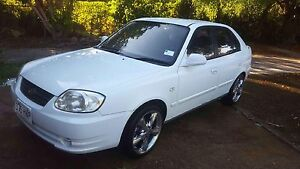 White 2004 Hyundai Accent Hatchback - 5 Speed Manual Rothwell Redcliffe Area Preview