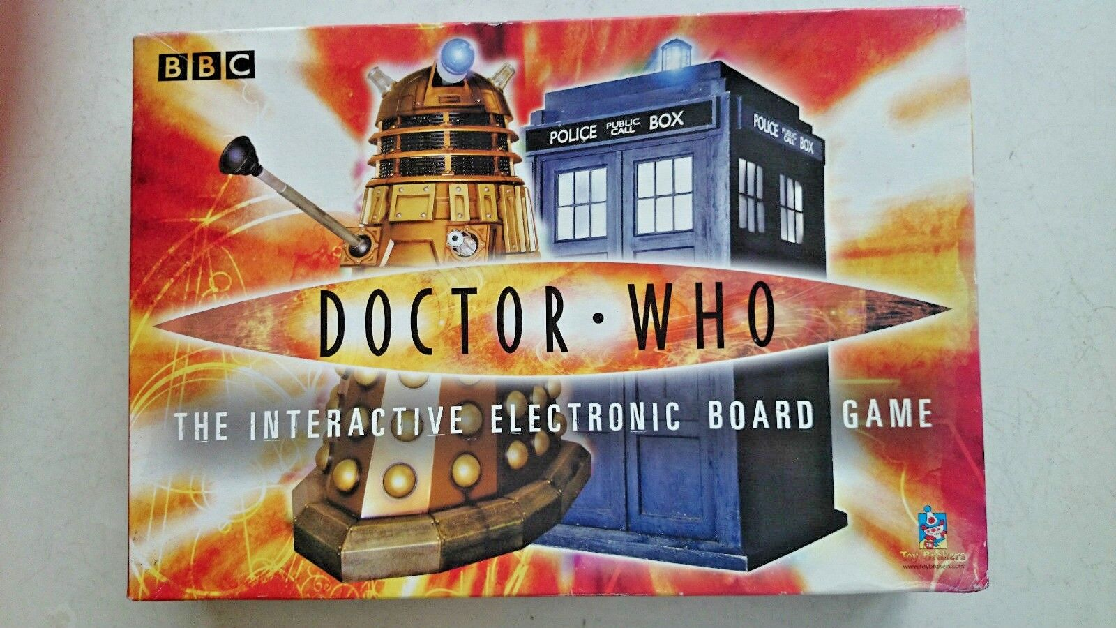 Doctor Who Electronic Board Game  (2005)
