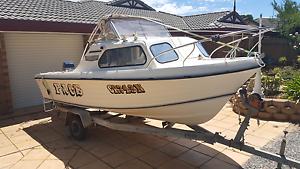 16ft half cab fishing boat Morphett Vale Morphett Vale Area Preview
