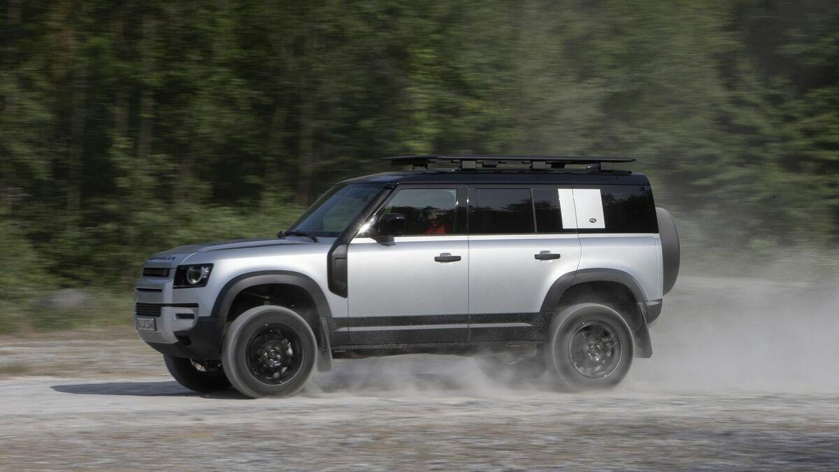 2020 Land Rover Defender Exterior