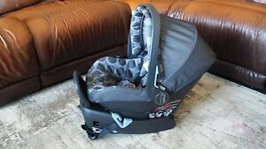 Peg Perego Primo Viaggio Infant Car Seat and Two Bases