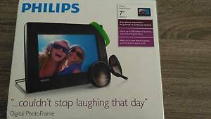 "Philips Digital Photo Frame 7"" SPF1017 Henley Brook Swan Area Preview"