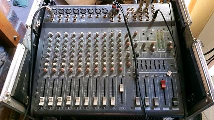 EMX 3000 Yamaha amp/mixer