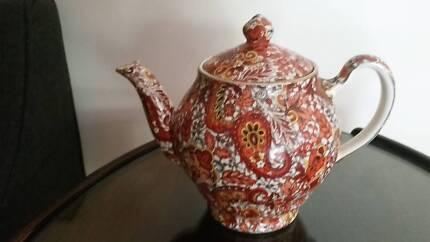 Royal Winton grimwades chintz teapot