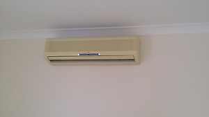 Fujitsu air conditioner 8.2kw Annandale Townsville City Preview