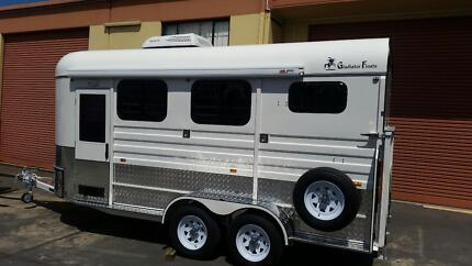 2015 Gladiator 2hal Luxury Extended Horse Float (Must Sell ) Lower Belford Singleton Area Preview