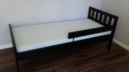 IKEA Toddler Bed / Kids Bed inc Mattress