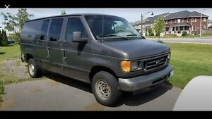 2005 Ford E150 Work Van