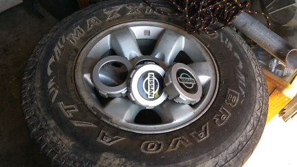 16 inch nissan patrol rims comes wit all centre caps  Gloucester Gloucester Area Preview