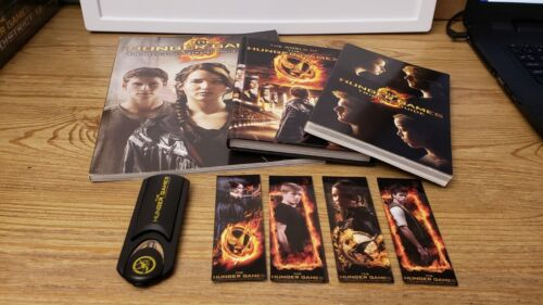 THE HUNGER GAMES MOVIE BOOKS BOOKMARKS READING LIGHT TRIBUTE GUIDE ILLUSTRATED