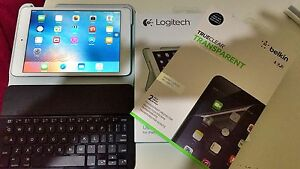 I pad mimi 2 16G wifi + logictech ultra thin keyboard + Screen pr Mount Lawley Stirling Area Preview