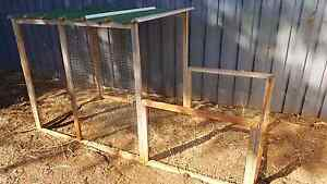Chicken coop or pet cage Wellington Point Redland Area Preview