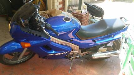 kawasaki zzr 250 need gone ASAP Forest Lake Brisbane South West Preview