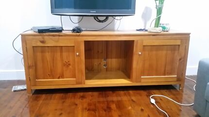 Entertainment unit, Solid Pine - Good condition Waterfall Sutherland Area Preview
