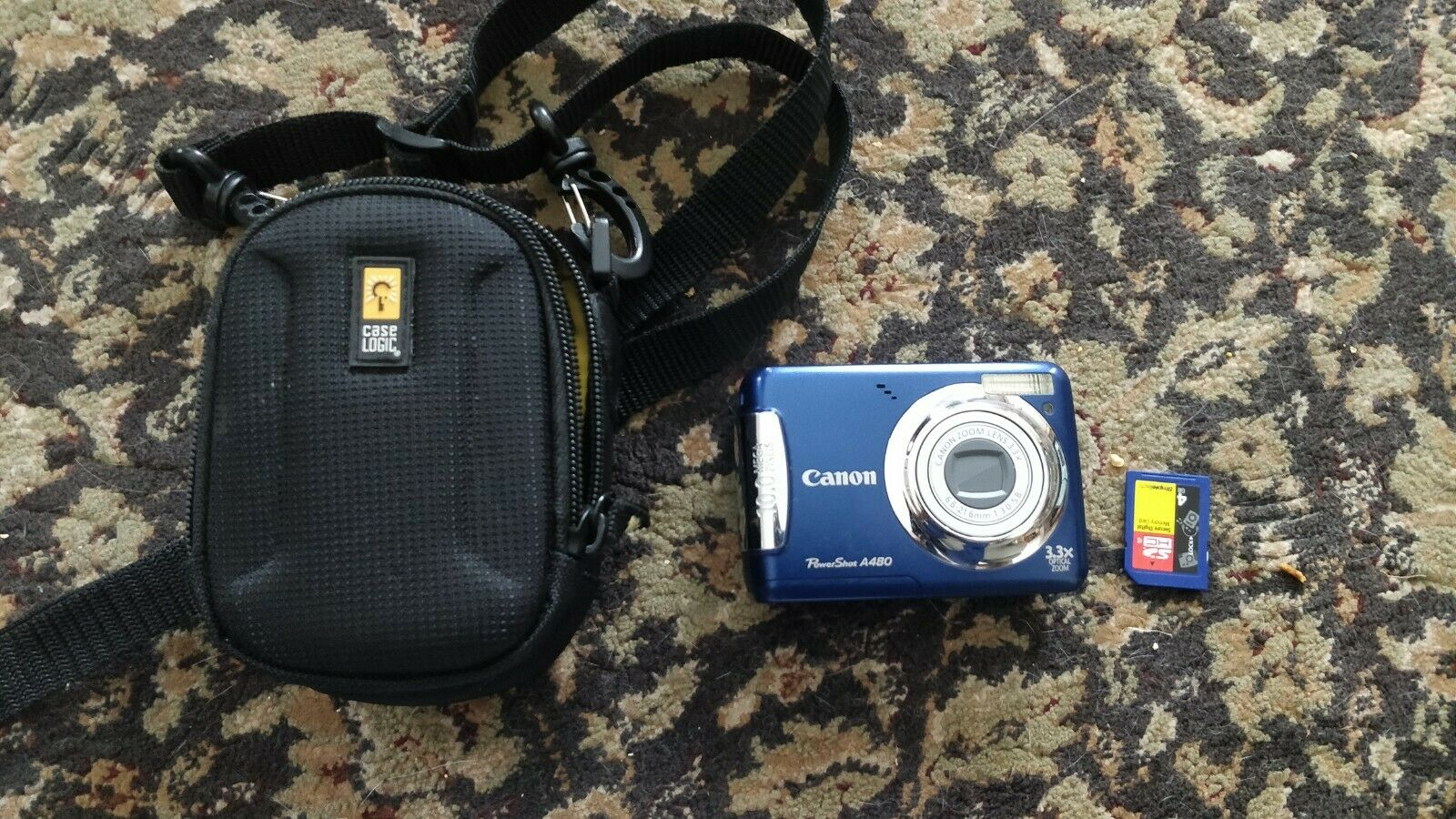 Canon Powershot A480 10MP Digital Camera Blue With Case And 4GB SD Card - $27.99