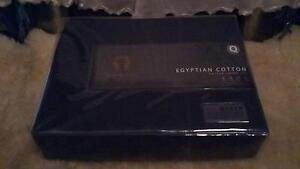 ramesses egyptian cotton sateen sheet set queen Eagle Vale Campbelltown Area Preview