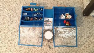 SKYLANDERS collection, game, portal and carrying case