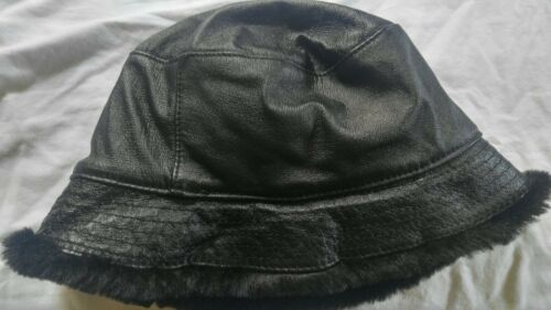 Wilson Leather Black Bucket Hat Faux Fur Lining Wo