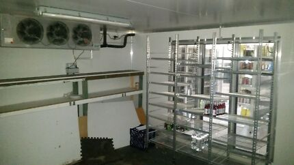 Shop with Cold Room and fittings. Just pay rent. Cambridge Park Penrith Area Preview