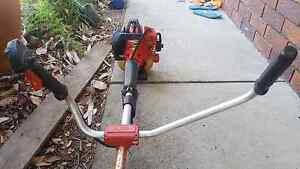 Shindaiwa C350 whipper snipper / brushcutter 1.3kw Highland Park Gold Coast City Preview