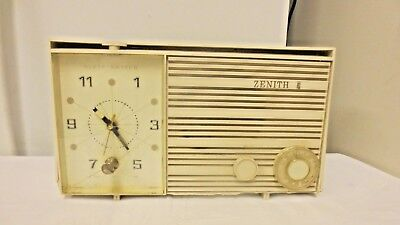 Older Zenith Tube Clock Radio As Is Clock Works  Radio Hums Model X169l